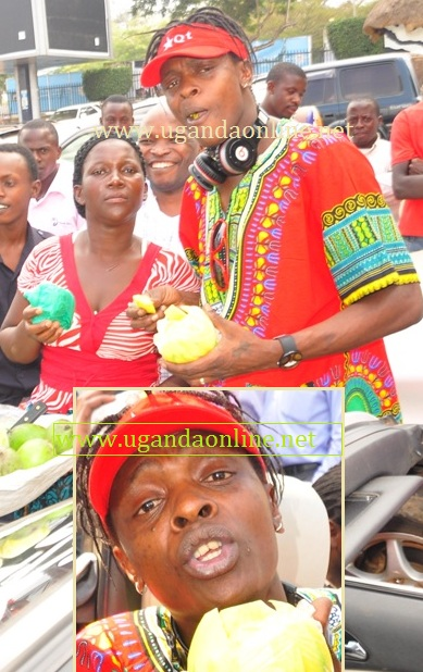 Jose Chameleone at the National Theatre enjoying mangoes