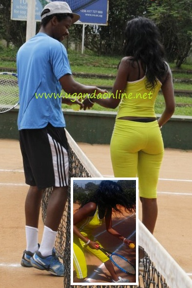 A guy massaging Doreen while on court