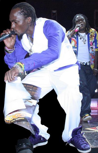 Moze Radio and Weasel TV perform at their Xmas Party