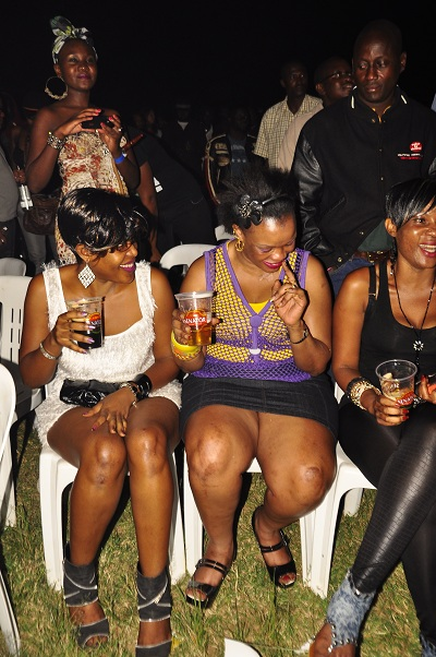 These were the front row babes at the flopped Sisqo-Azonto show
