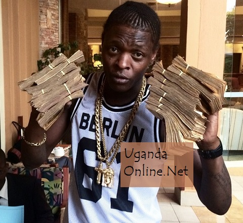 Chameleone showing off his money